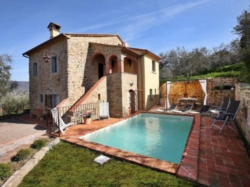 rustici-in-vendita-toscana-con-piscina-2
