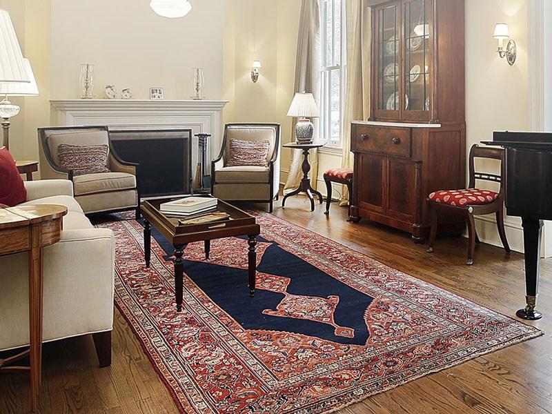 Un tappeto persiano per arredare e impreziosire un for Arredamento lussuoso