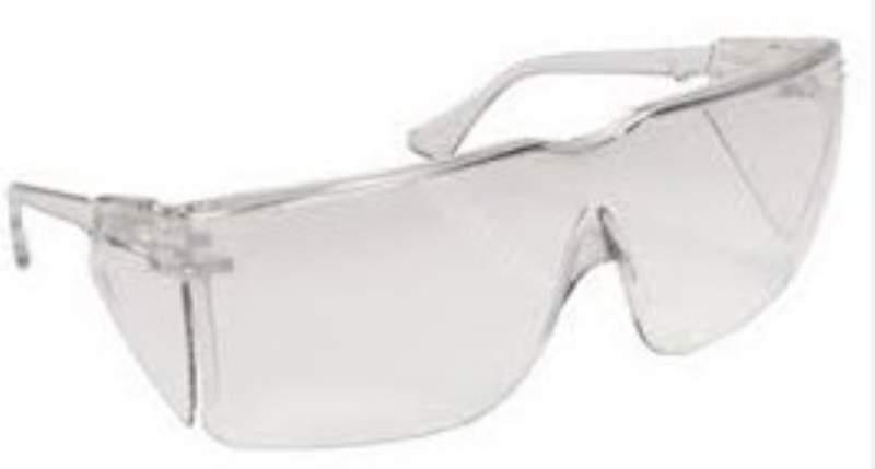 protezione-occhi-studenti-chimica_800x429